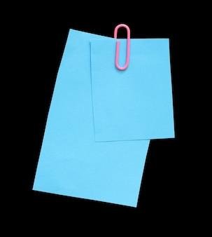 Papier ze spinaczami do papieru