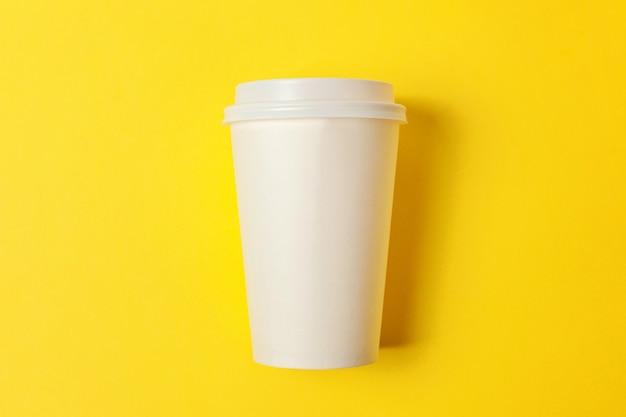 Papierowy kubek kawy