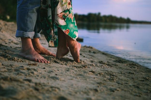 Para grać miłość brzegowa ubrania