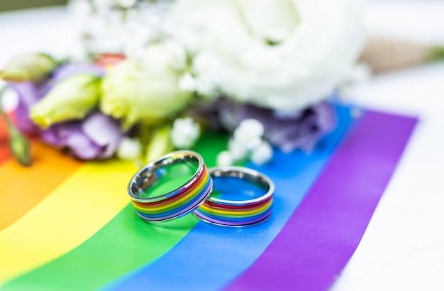 Para homoseksualna świętująca własny ślub