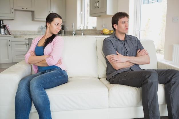 Para, która nie rozmawia ze sobą