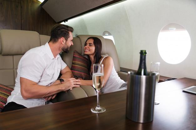 Para na prywatny odrzutowiec