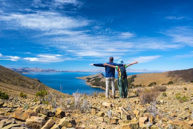 Para na wyspie słońca, jezioro titicaca, boliwia