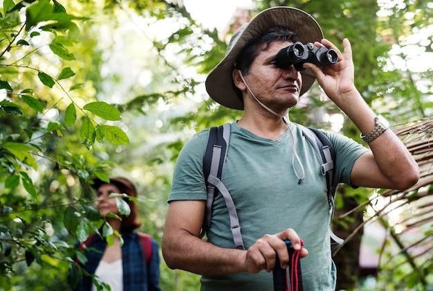 Para odkrywania lasu