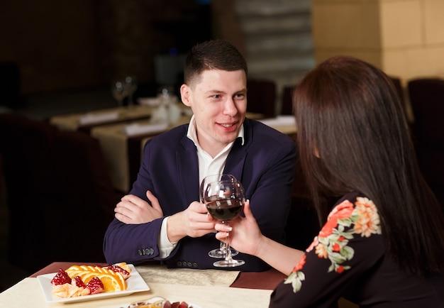 Para opiekania kieliszków do wina