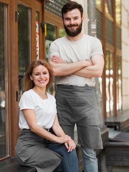 Para ponownie otwiera mały biznes