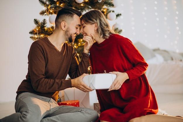 Para razem obchodzi boże narodzenie