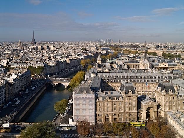 Paris pomnik architektura eiffel wieża notre dame
