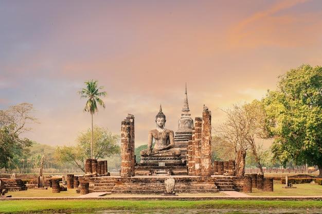 Park historyczny sukhothai, światowego dziedzictwa unesco w tajlandii