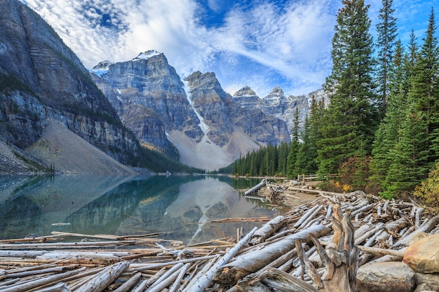 Park narodowy moraine lake banff alberta kanada