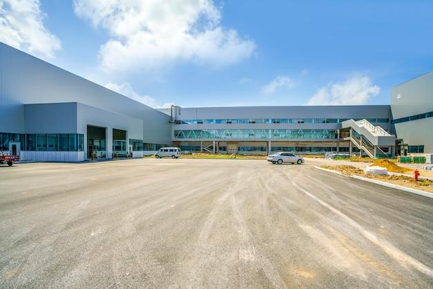 Park przemysłowy, budynek fabryki, magazyn