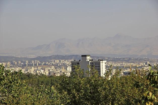Park saadabad w mieście teheran w iranie