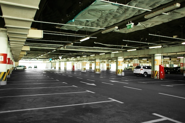 Parking Podziemny Premium Zdjęcia