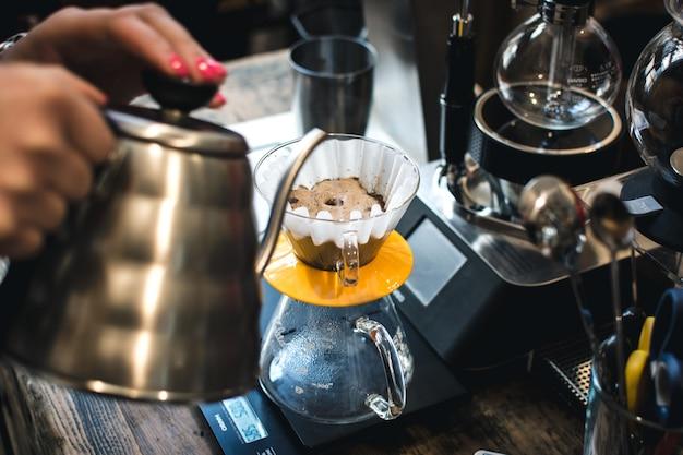 Parzenie kawy filtracyjnej