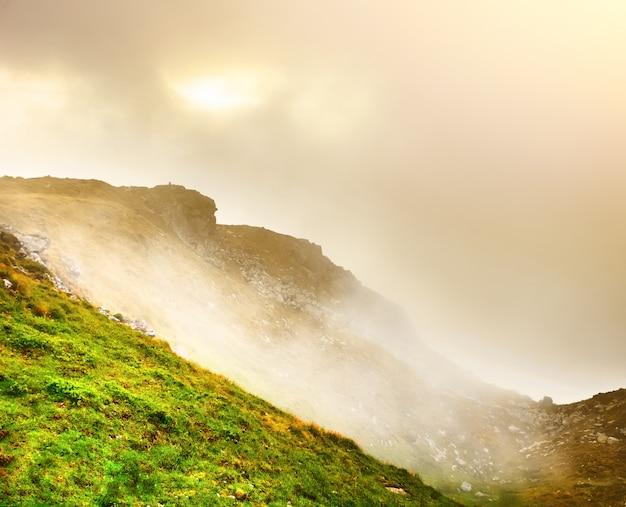 Pasmo górskie w lecie