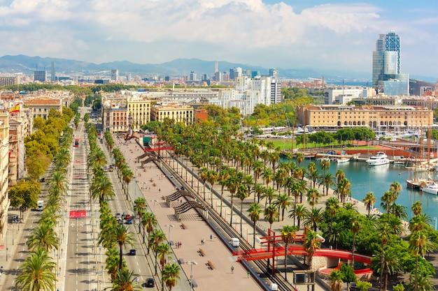 Passeig de colom w barcelonie, katalonia, hiszpania