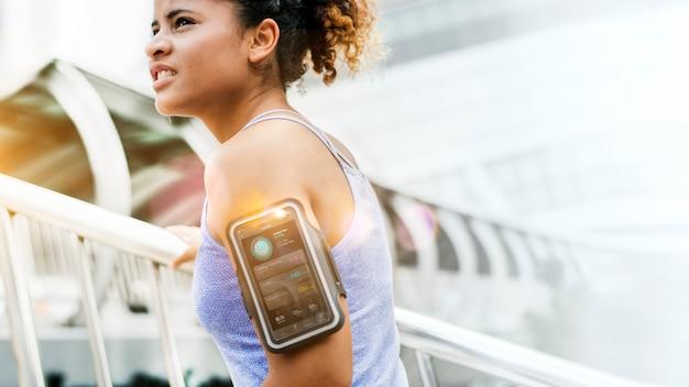 Pasuje do kobiety uprawiającej jogging