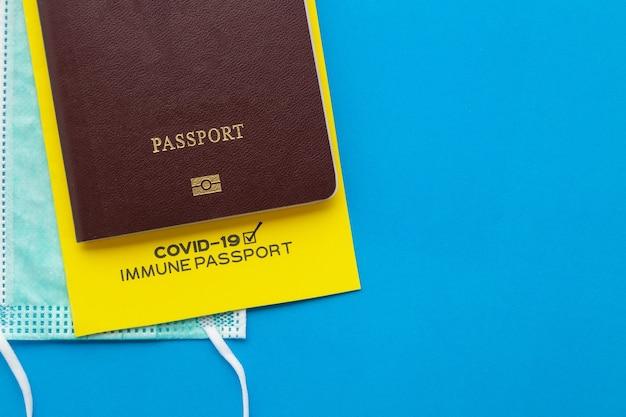 Paszporty szczepień jako dowód, że posiadacz został zaszczepiony przeciwko covid-19