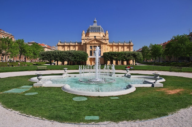 Pawilon sztuki, umjetnicki paviljon w zagrzebiu, chorwacja, bałkany