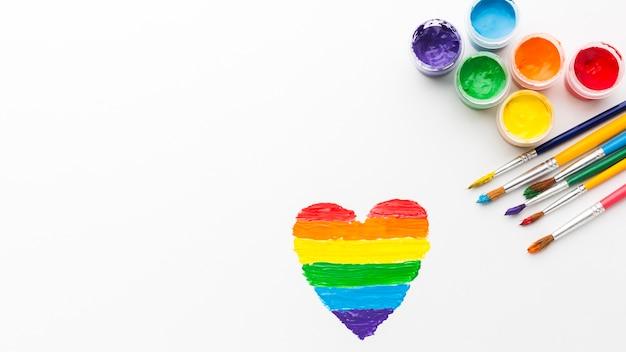Pędzle z wysoką widocznością farby i serca