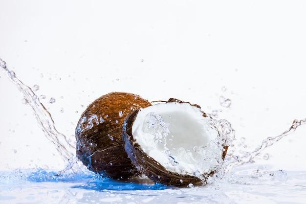 Pęknięty kokos