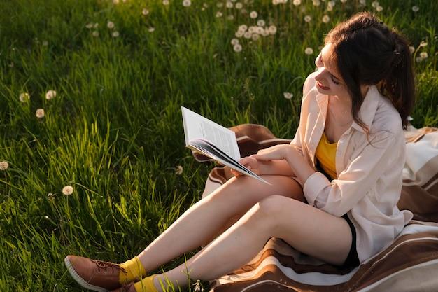 Pełna książka do czytania kobiety