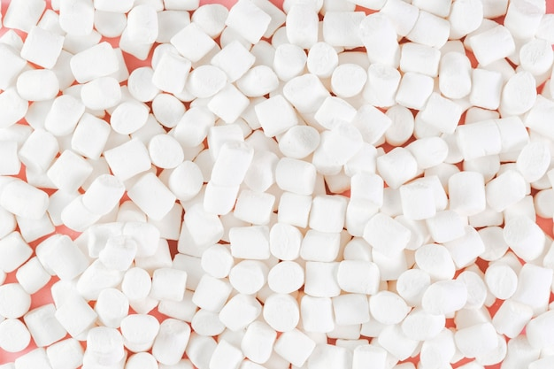 Pełna rama strzelająca wiele biali marshmallows