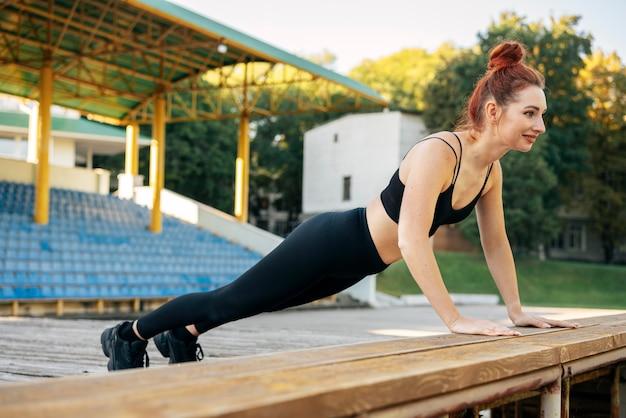 Pełne ujęcie szkolenia kobiety