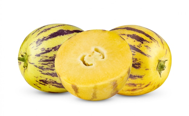 Pepino melony odizolowywający na bielu