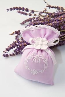 Perfumowana torba z lawendowym perfumowym woreczkiem z lawendowymi perfumami