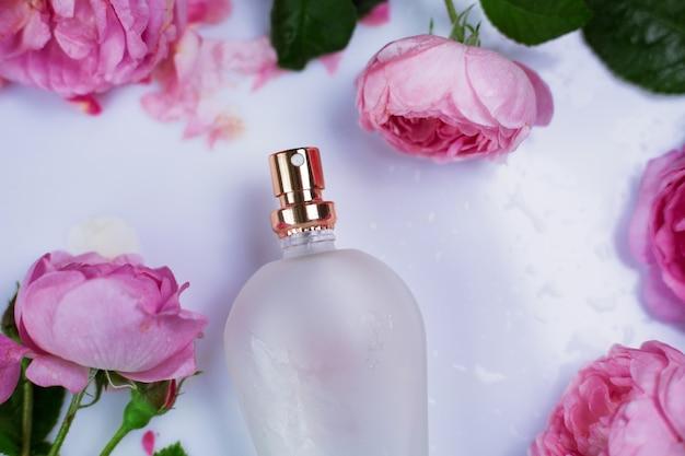 Perfumy, kosmetyki, kolekcja zapachów