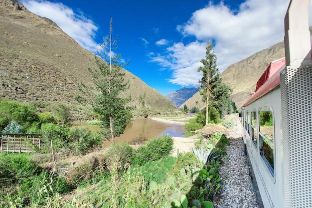 Peru rail z cuzco do machu picchu (peru)