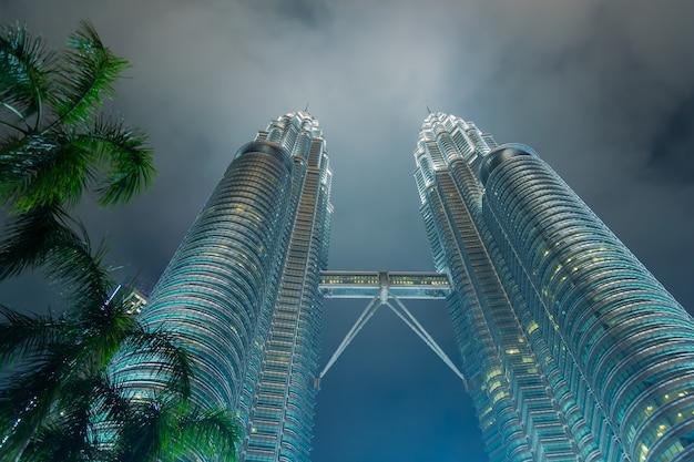 Petronas twin towers były najwyższymi budynkami na świecie