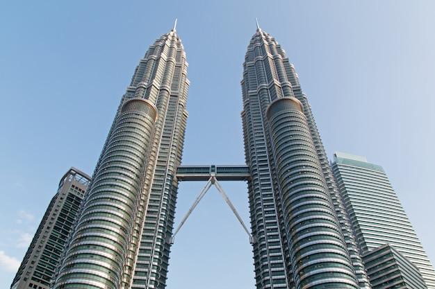 Petronas twin towers w kuala lumpur