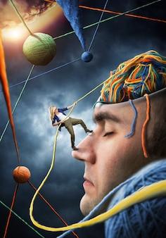 Pewny siebie psycholog rozwiązuje problemy klienta