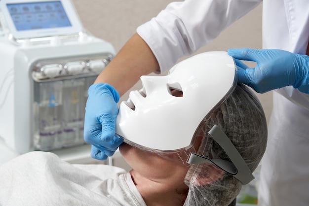 Photon mask zdrowie i uroda zabieg kosmetyczny dla twarzy kobiety laboratorium urody led maska na twarz