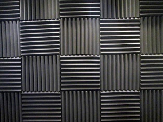 Pianka akustyczna w studio