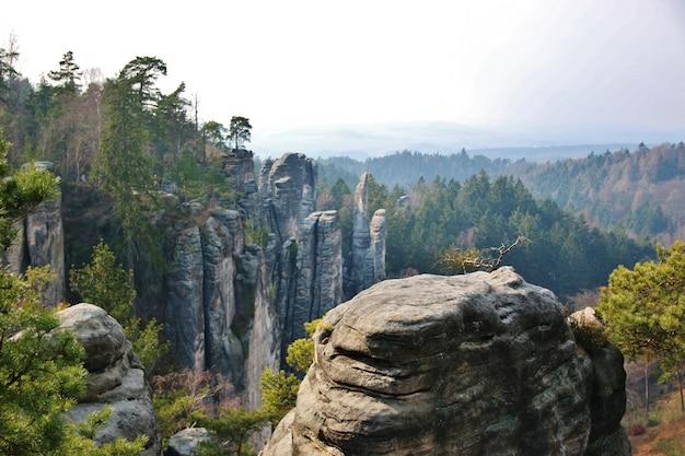 Piaskowiec skały w parku narodowym