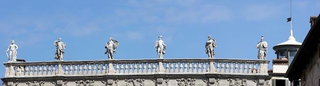 Piazza delle erbe, werona, włochy