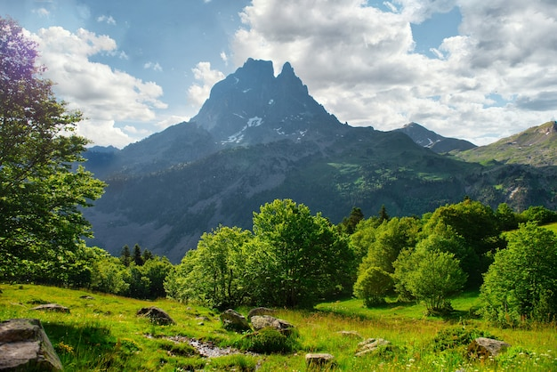 Pic du midi ossau we francuskich pirenejach