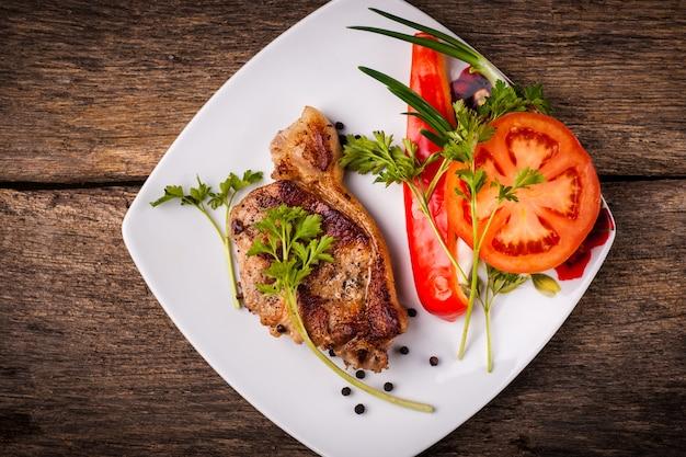 Pieczone mięso wieprzowe