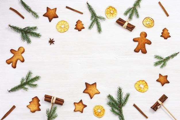 Pieczone świąteczne ciasteczka imbirowe
