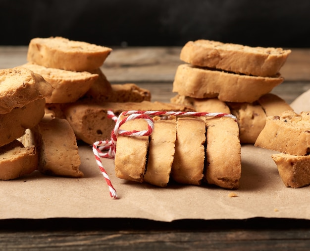 Pieczony kawałek włoskich ciasteczek migdałowych biscotti i cantuccini