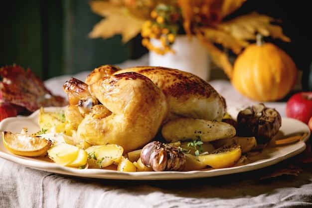Pieczony kurczak z ziemniakami