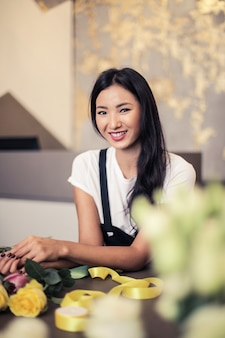 Piękna azjatycka kobieta