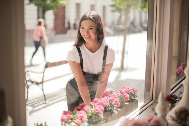 Piękna azjatycka kwiaciarnia