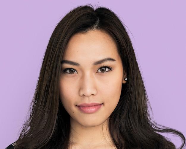 Piękna azjatycka młoda kobieta, portret twarzy