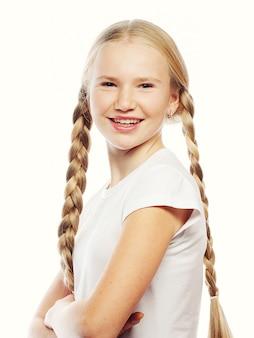 Piękna europejska blondynki dziewczyna z warkoczami.
