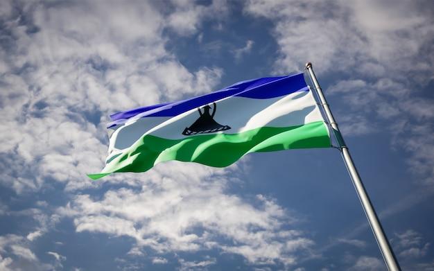 Piękna flaga państwowa lesotho powiewająca