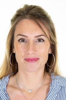 Piękna kobieta oficjalne zdjęcie na dowód osobisty paszport międzynarodowego dowodu tożsamości